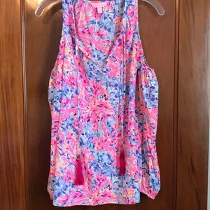 Lilly Pulitzer long sleeve cold shoulder top!